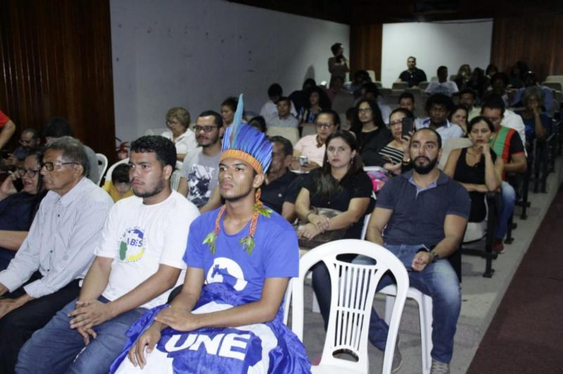 Audiêcia na Alepa discute fechamento de escolas no campo
