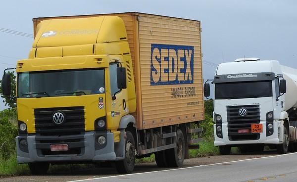 Caminhão dos Correios. — Foto: Alan Chaves/G1 RR