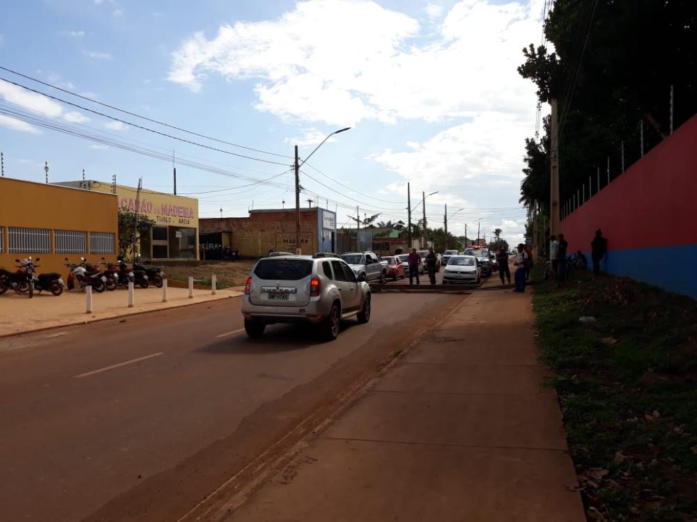 Ato interditou a estrada do aeroporto em Altamira