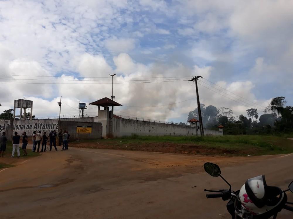 Governo do Estado determina transferência de 46 presos em Altamira