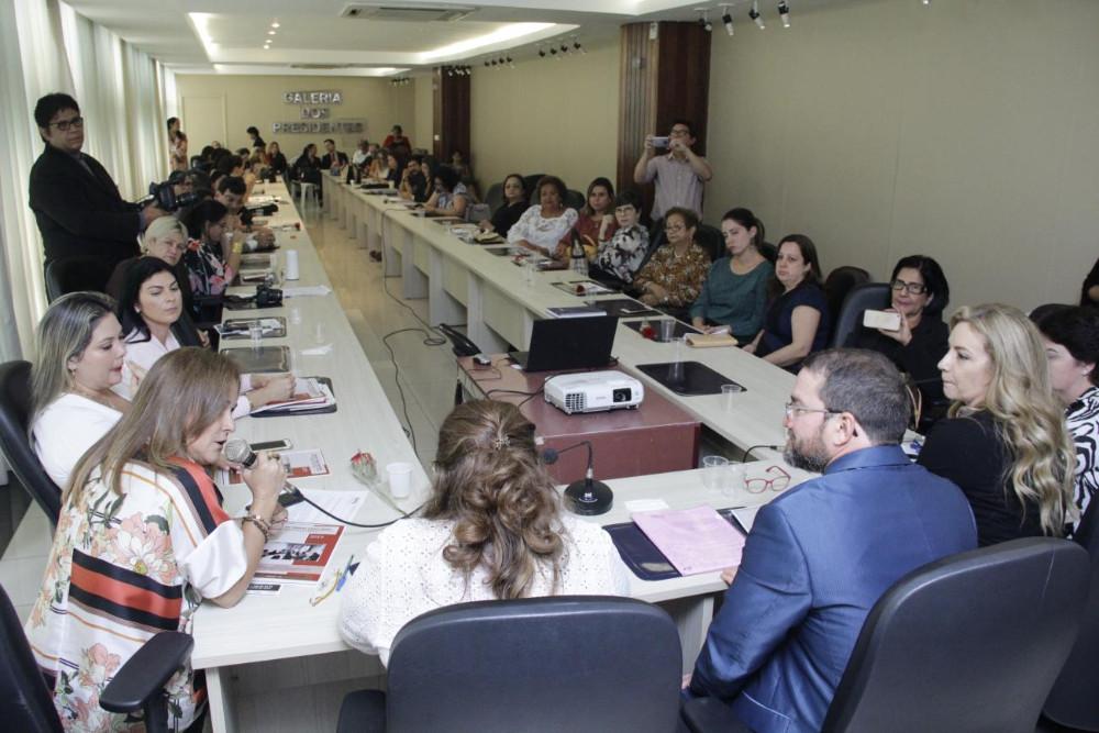 Bancada Feminina da Alepa apoia Projeto de qualificação de mulheres