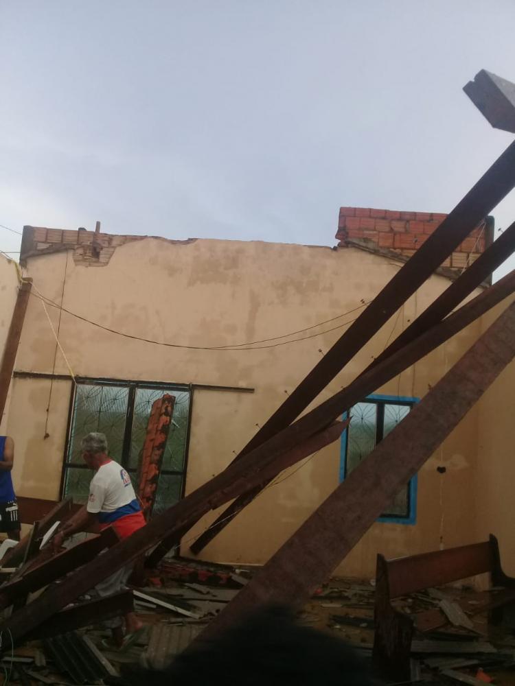 Chuva causa estragos em imóveis de Anapu